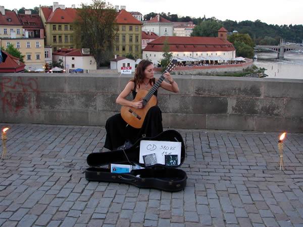 Gitarka i gitarzystka