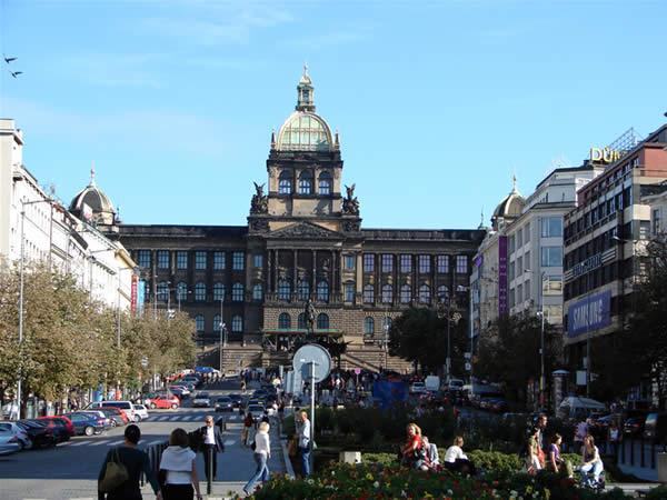 Plac Wacława i Muzeum Narodowe