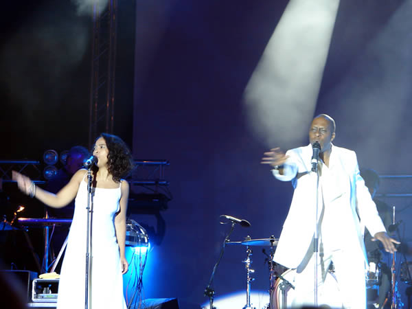 Wokalistka und wokalista