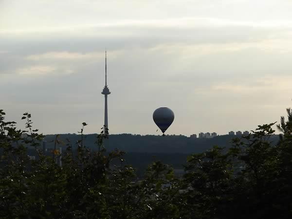 Wieża i balon