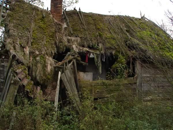 Kolejna zawalona chata