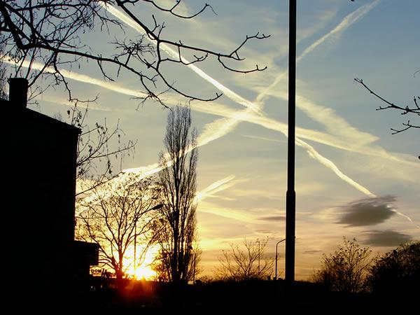 Pocięte niebo nad Wrocławiem