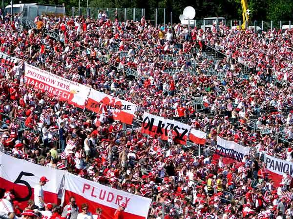 Zdjęcie - Trybuny na Stadionie Śląskim