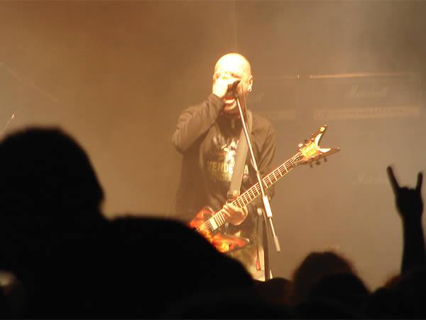 Lipa ryczy, a jednak śpiewa, dodano: 2008-12-13