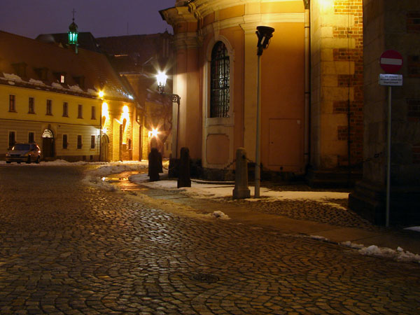 Zimowy Wrocław nocą