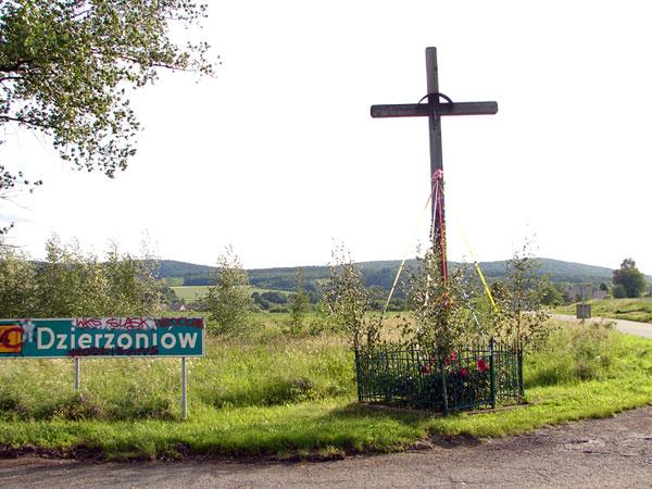 Krzyż w drodze z Krzyżowej