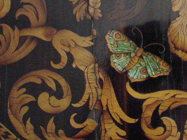 Motylek z masy perłowej