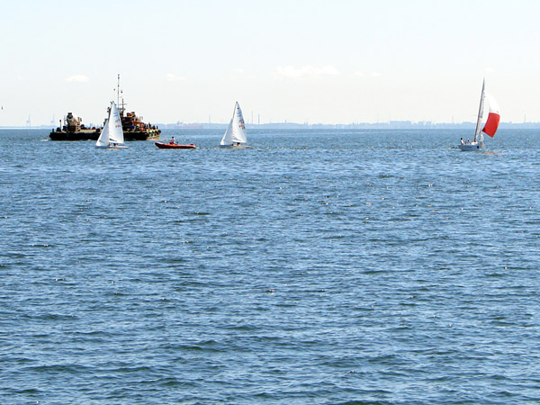 Na morzu ciągły ruch