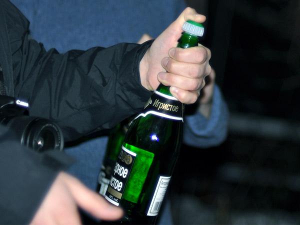 Przed huknięciem szampana