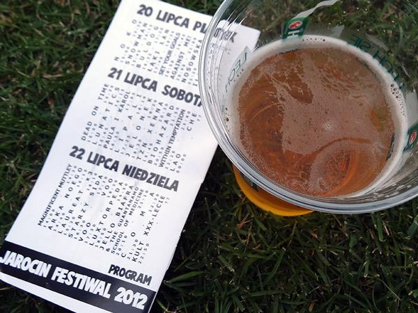 Zestaw startowy - program festiwalu i piwo