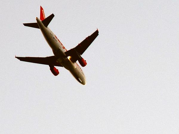 Zdjęcie - Samolot mówi, że koniec wakacji