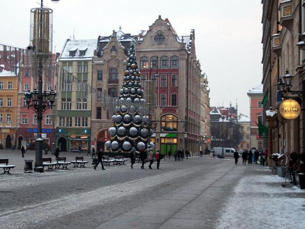 Zdjęcie - Choinka na rynku we Wrocławiu