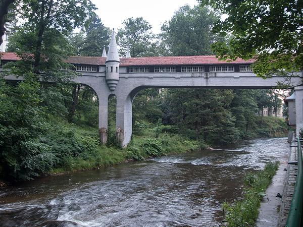 Zabudowany most