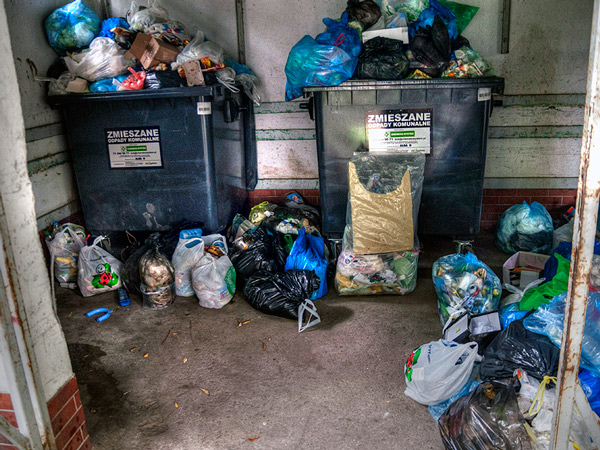 Zdjęcie - Śmieciowa ustawka