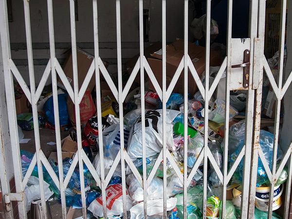 Zdjęcie - Ustawa do śmieci