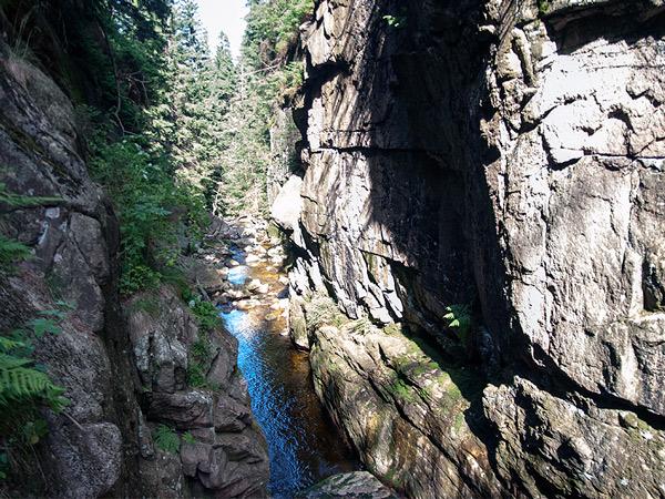 Przy wodospadzie Kamieńczyka