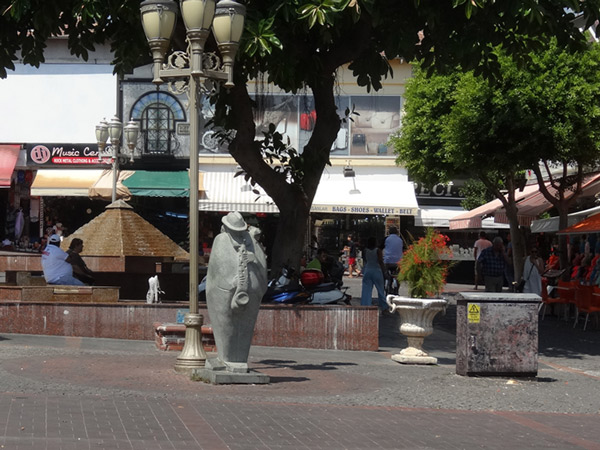 Pomnik Sax