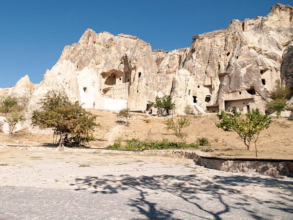 Kraina skał i kośiołów