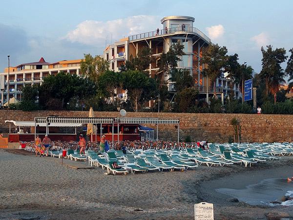 Zdjęcie - Hotel Grand Kaptan