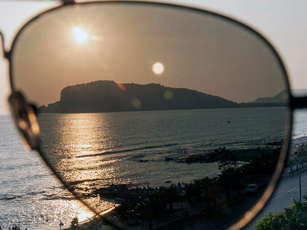 Zdjęcie - Przez okulary