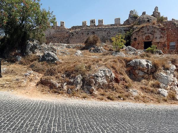 Ruiny kościoła