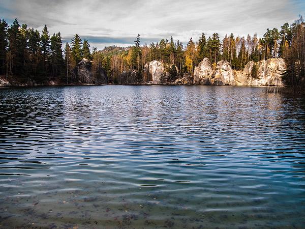Jezioro w dawnej piaskowni