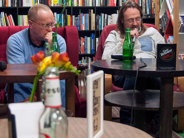 Jacek czyta Karol słucha