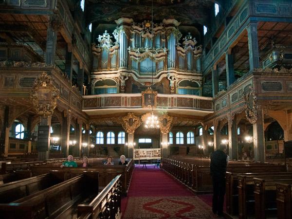 Organy w kościele Pokoju