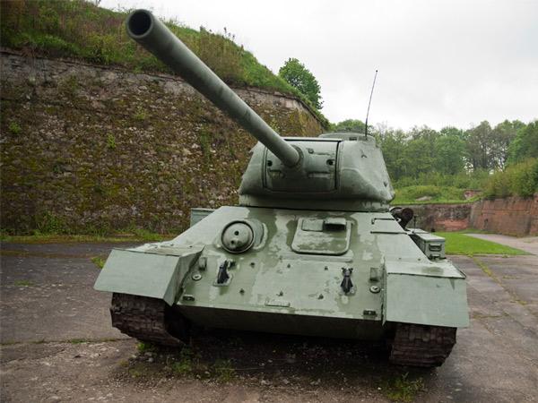 T-34, czyli czołg na twierdzy