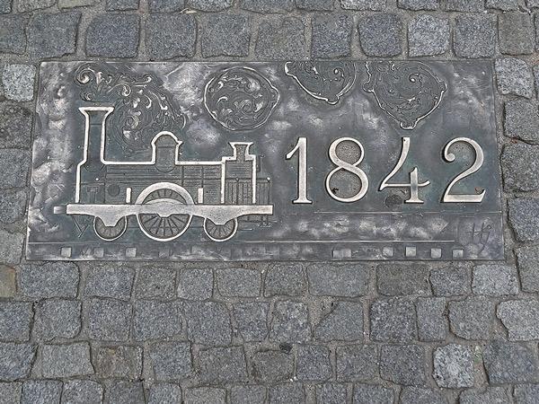 1842 pierwsza linia kolejowa
