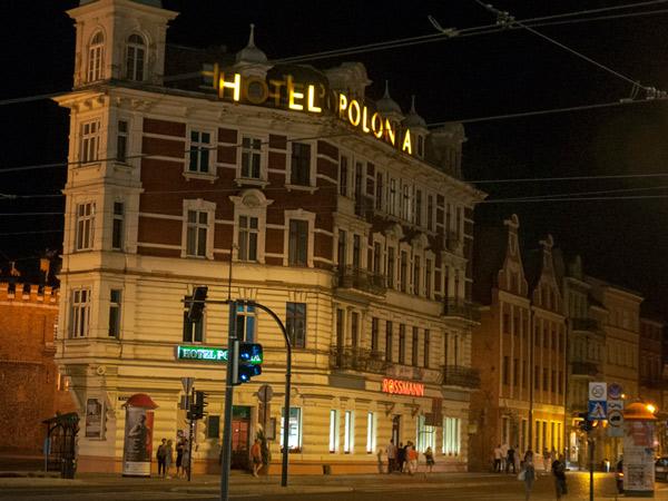 H..el Polonia