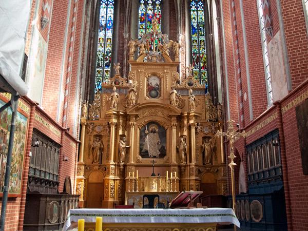 Zdjęcie - Ołtarz główny